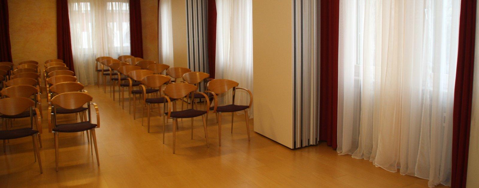 einblick in die r ume wandelplatz. Black Bedroom Furniture Sets. Home Design Ideas